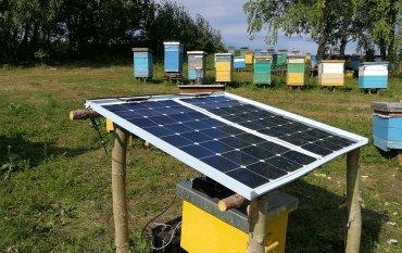 Электричество на пасеке от энергии солнца